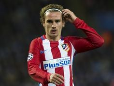 "Antoine Griezmann: Joining Manchester United ""is a possibility"""