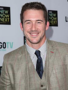 Barry Sloane - 2013 NewNowNext Awards - Red Carpet
