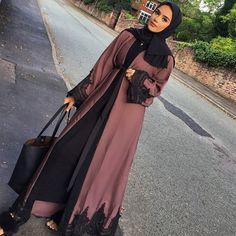 Mauve Amal Abaya Shop what's in stock under Ready to Dispatch Abayas www. Modest Fashion Hijab, Hijab Style Dress, Modern Hijab Fashion, Abaya Fashion, Muslim Fashion, Modest Dresses, Modest Outfits, Mode Abaya, Hijab Fashionista