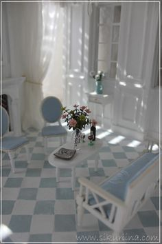 The castle Mermaid's log book Shabby, Front Rooms, Miniature Rooms, Miniture Things, House 2, Decorative Accessories, Dollhouse Miniatures, Blue And White, Curtains