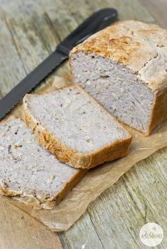 Roślinna : Gryczany chleb bezglutenowy z ziarnami