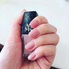 あなたの女子力負けてない?「#マツコネイル」で手が綺麗に見える上品ネイルを|MERY [メリー]