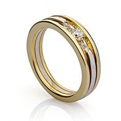 Кольцо с бриллиантами из комбинированного золота