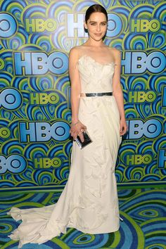 Emilia Clarke, the Game of Thrones heroine was a White Queen in Donna Karan #Emmys