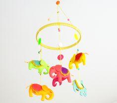 Mobile Elefantinhos, Móbile em feltro