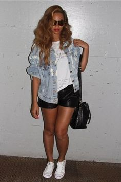 Beyonce Knowles wearing Converse All Star Core Ox Sneakers in Optical White, the Laundry Room Virgo Label Rolling Tee Trashed, Laundry Room X Urban Renewal Billie Denim Jacket and Sunday Somewhere Matahari Sunglasses