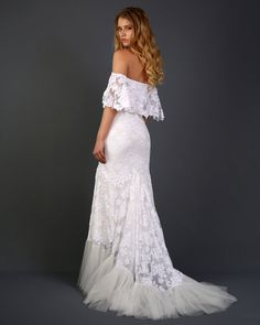 Off the Shoulder Lace Bohemian Wedding Dress with Scallop-cut