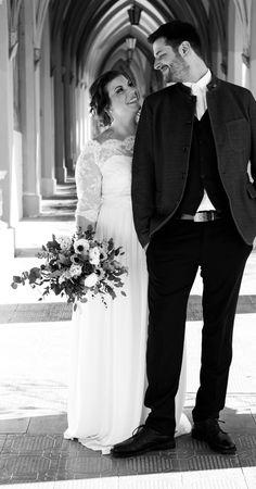 Individualisierbare Zweiteiler für deine Hochzeit. Brautoutfits aus hochwertiger Spitze und Seide im romantischen Boho- und Vintage Style. 100% handgefertigt in den Tiroler Bergen.#braut2020 #Wedding #Brautmode #lowwaste #handwerk #handgefertigt #individualisierbar #designer #bridal2020 #atelier #österreich #EINkleidfürimmer  Fotografin: @stefanie.jenewein.photograpy