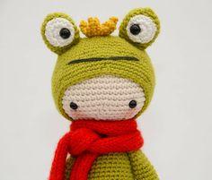 Frog King mod made by Kristel D. / based on a lalylala crochet pattern