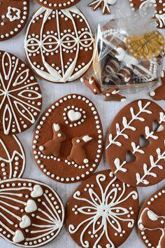 Kakaós-mézes húsvéti tojás recept - Kifőztük, online gasztromagazin Christmas Snowman, Christmas Cookies, Gingerbread Cookies, Holiday, Recipes, Diy, Food, Rabbits, Crack Crackers