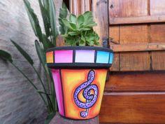 Painted Flower Pots, Painted Pots, Flower Pot People, Concrete Planters, Pebble Painting, Terracotta Pots, Clay Pots, Yard Art, Potted Plants
