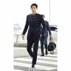 ☆ Song Joong Ki ☆ 송중기 - Upcoming Movie: The Victory Hot Korean Guys, Korean Men, Korean Idols, Korean Dramas, W Kdrama, Kdrama Actors, Seo Dae Young, Song Joong Ki Birthday, Song Joong Ki Cute