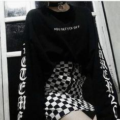 If a girl wears this im going to die Grunge Outfits, Kpop Outfits, Edgy Outfits, Cosplay Outfits, Grunge Fashion, Cute Fashion, Girl Outfits, Cute Outfits, Fashion Outfits