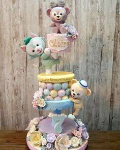 Gravity Defying Cake, Gravity Cake, Fondant Cakes, Cupcake Cakes, Carousel Cake, Tsumtsum, Cake Craft, Dog Cakes, Sugar Cake