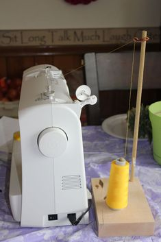 Large Thread Spool Holder on the Cheap : 4 Steps - Instructables Sewing Tools, Sewing Hacks, Sewing Projects, Sewing Room Storage, Sewing Room Organization, Organizing, Spool Holder, Thread Holder, Formation Couture