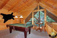 Creekside Delight - Pigeon Forge Cabin Rental - 4 Bedrooms, 3 Baths, Sleeps 12