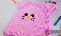 Dikişsiz Hello Kitty Yelek Yapımı #hellokitty #bebekyeleği #dikişsizyelek #bebekörgüleri #örgü #knitting Clash Of Clans, Baby Bug, Moda Emo, Hello Kitty, Working With Children, Down Hairstyles, Travel Size Products, Baby Knitting, Crochet