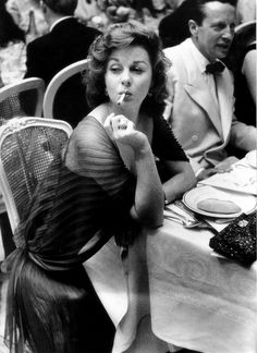 Yep, she was always smoking and making it look glamourous back then. My aunt, Susan Hayward, in the 1950s.