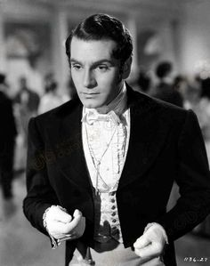Laurence Olivier as Mr. Darcy. (http://www.literarydetectives.com/support-us/)