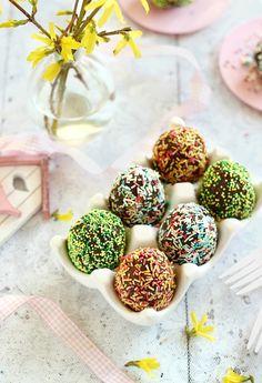 Juditka konyhája: ~ HÚSVÉTI SÜTITOJÁS ~ Food And Drink, Easter, Cake Pop, Candy, Cake Pops, Easter Activities