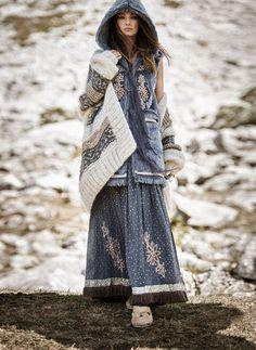 Zaitegui: павлопосадские платки в Испании – 32 фотографии