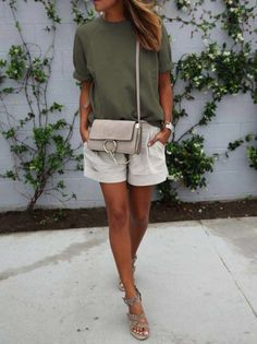 40 Of The Best Summer Outfits To Copy Right Now Gorgeous! More Colors – More Summer Fashion Trends To Not Miss This Season. The Best of casual outfits in Mode Outfits, Short Outfits, Casual Outfits, Fashion Outfits, Heels Outfits, Fashion Heels, Pink Shorts Outfit, Black Shorts Outfit Summer, Casual Shorts