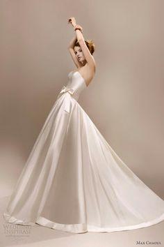A simple and splendid Wedding Dress!