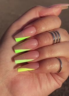 If Your Looking the best Acrylic Nail Art Designs for Wedding, Summor, Winter and Spring we have them all plus have nail art tutorials. Bright Summer Acrylic Nails, Best Acrylic Nails, Acrylic Nail Designs, Summer Nails Neon, Neon Nail Designs, Aycrlic Nails, Neon Nails, Hair And Nails, Coffin Nails