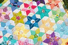 Sew Scatterbrained: Free Quilt Pattern: Diamond Jewel Star Quilt