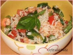 Voici une salades composée en été. Elle est rapide à préparer et rafraîchissante. - Recette Entrée : Salade fraiche riz-crevette-basilic par La p'tite cuisine d'Aurélie