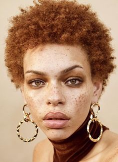 Adore these statement gold earrings with short hair. Put this babe is a crisp wh. Adore these statement gold earrings with short hair. Put this babe is a crisp white wedding dress a Short Afro, Pretty People, Beautiful People, Vampire Photo, Natural Hair Styles, Short Hair Styles, Gold Statement Earrings, Gold Earrings, Face Reference