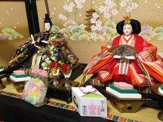 Hina Dolls, Armors, Gift Wrapping, Decorations, Gifts, Painting, Gift Wrapping Paper, Presents, Wrapping Gifts