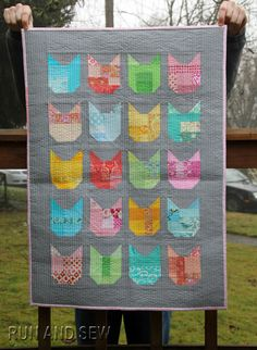 the Cat quilt by Run and Sew Quilts.  Design by Elizabeth Hartman | Oh! Fransson
