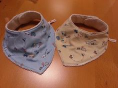 Made in . Baby Booties, Baby Shoes, Winter Kids, Felt Fabric, Baby Crafts, How To Make Bows, Baby Sewing, Baby Bibs, Little Babies