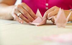 Rössler Papier eigenet sich für hochwertige Bastelarbeiten. Wir liefern schnell und unkompliziert: www.paperadoshop.de