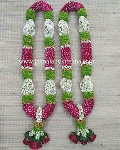 Flower Garland Wedding, Rose Garland, Flower Garlands, Wedding Garlands, Wedding Stage Design, Wedding Stage Decorations, Flower Centerpieces, Flower Decorations, Housewarming Decorations