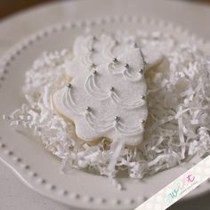 Elegant Winter Wedding Cookies for Bridal Shower favor or Wedding favor :)