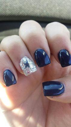 Shown as Dallas cowboys nails! ♡ Would be perfect as Husker nails. Dallas Cowboys Makeup, Dallas Cowboys Nail Designs, Cowboy Nails, Football Nails, Cowboys Football, Great Nails, Nail Envy, Hair Skin Nails, Toe Nail Designs