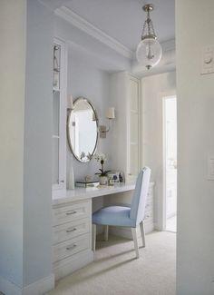 House of Turquoise: Jeanette Van Wicklen Design - Part 2 Built In Dressing Table, Dressing Tables, Dressing Area, Dressing Rooms, Dressing Table In Bathroom, Make Up Tisch, Home Bedroom, Bedroom Decor, Bedrooms