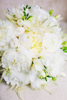 Creamy White Peony Wedding Bouquet - By Brancoprata.com. See more on #SMP here:  http://www.StyleMePretty.com/2014/05/13/portugal-palace-destination-wedding/ Photography: KatieStoops.com