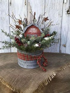 19 Charming Christmas Porch Decorating Ideas 9 – The Best DIY Outdoor Christmas Decor Country Christmas Decorations, Christmas Porch, Farmhouse Christmas Decor, Primitive Christmas, Rustic Christmas, Xmas Decorations, Winter Christmas, Christmas Wreaths, Winter Porch
