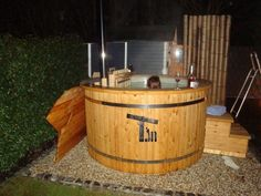 Gunter, Übach-Palenberg, Deutschland - Hot Tub Backyard, Landscape Plans, Garden Planning, Firewood, Hot Tubs, Spa, Backyards, Landscaping Ideas, Outdoor