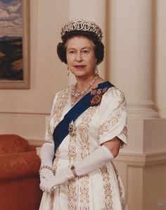 Elisabeth, Queen Elizabeth Ii, Royalty, Sari, Formal, United Kingdom, February, Colour, Type