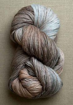 fino (manos del uruguay) antique lace or silhouette Crochet Yarn, Knitting Yarn, Knitting Patterns, Yarn Inspiration, Spinning Yarn, Purl Soho, Yarn Stash, Yarn Shop, Hand Dyed Yarn