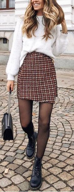 Winter Outfits to Shop Now Vol. 5 / 57 - Fashion Week Winter Outfits to Shop Now Vol. 5 / 57 Winter Outfits to Shop Now Vol. 5 / 57 - Fashion Week Winter Outfits to Shop Now Vol. Outfits Damen, Plaid Outfits, Winter Fashion Outfits, Look Fashion, Autumn Fashion, Casual Outfits, Fashion Mode, Teen Fashion, Classy Fashion