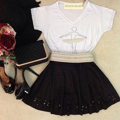 ✨ Novidades!!✨ T-shirt fofa D +++ 😍  •  ❣T-Shirt Bailarina { Bordada a saia e mangas C/ pérolas } 💰 79,80  •  ❣Saia Godê no Suede Preta { Barra com detalhes em flores no corte a laser } 💰 99,80  •  ❣Cinto Lais Pedraria MG.O { Pérolas / Strass}  •  Para Compras acesse nossa loja on-line 💻 www.melrosebrasil.com  •  Link clicavel da loja Logo acima em nossa Bio amores 😘👆👆👆