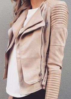 "This season's must have, the Bessy Biker Jacket in Nude has some serious blogger love. It features vegan leather and suede quilted details. It has silver zipper hardware and is lined to keep you warm. *Model is 5'8"" and wears a size 4/SMALL *Runs true to size *Fabric: Cotton, polyester, PU *Designed in Australia PREORDER - DELIVERY APRIL 9TH - APRIL 13TH (SIZE LARGE IN-STOCK NOW)"