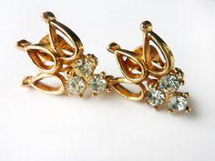 1950s Vintage Rhinestone Crown Motif Earrings #50s #jewellery #jewelry #lemonkitscharms