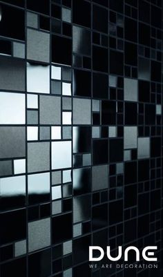 Mosaic of gloss and matt black inox combined with squares of various sizes. Mosaic Tiles, Wall Tiles, Matrix, Wet Rooms, Black Accents, Interior S, Dream Rooms, Wood, Ruby Red