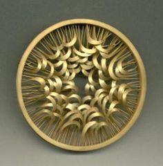 Jacqueline Ryan - brooch 2000 - 18kt gold (via Galerie Slavik, No. 103715)